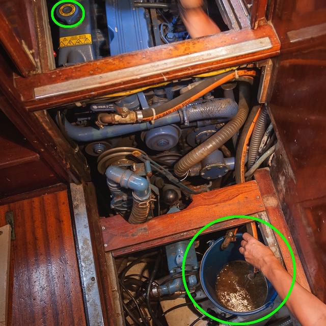 Mantenimiento del motor intraborda cambio liquido refrigerante