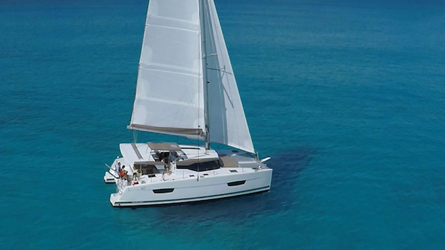 fountaine-pajot-lucia-40-vela