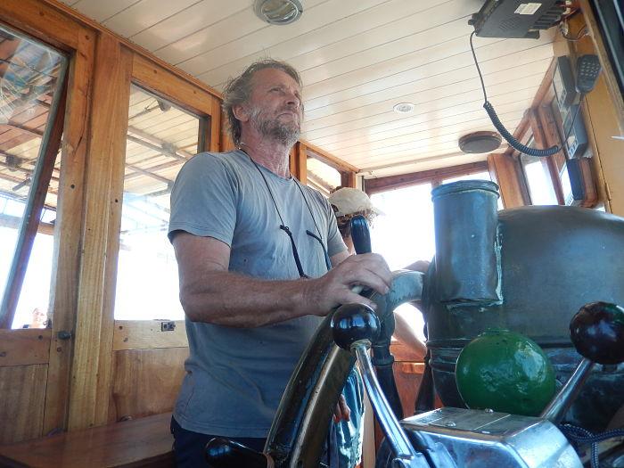 goleta gringo_capitan fernando navegando