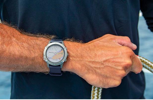 5 regalos para navegantes_reloj inteligente náutico
