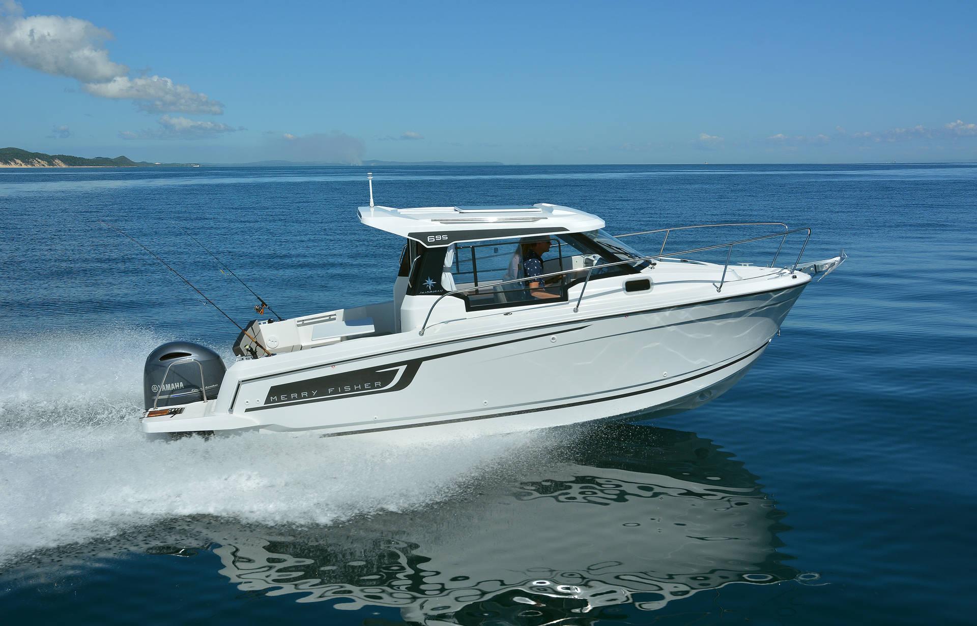 Tipos de barcos_barco de pesca deportiva