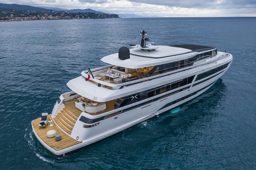 EXTRA 130 ALLOY. Foto: Extra Yacht