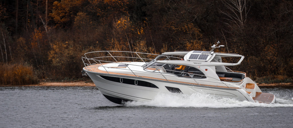 marex-boat