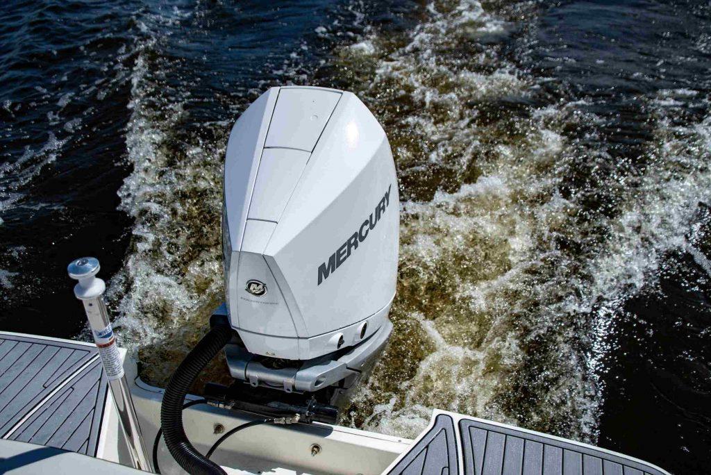 Prueba SeaRay SPX 230 Outboard