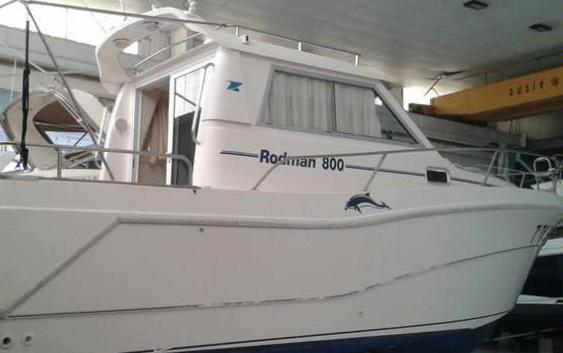 5 barcos a motor de ocasión por menos de 50.000 €
