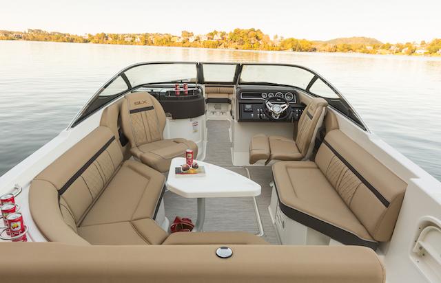 Sea Ray 250 SLX salon sofa