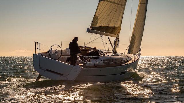 4 veleros para empezar a navegar